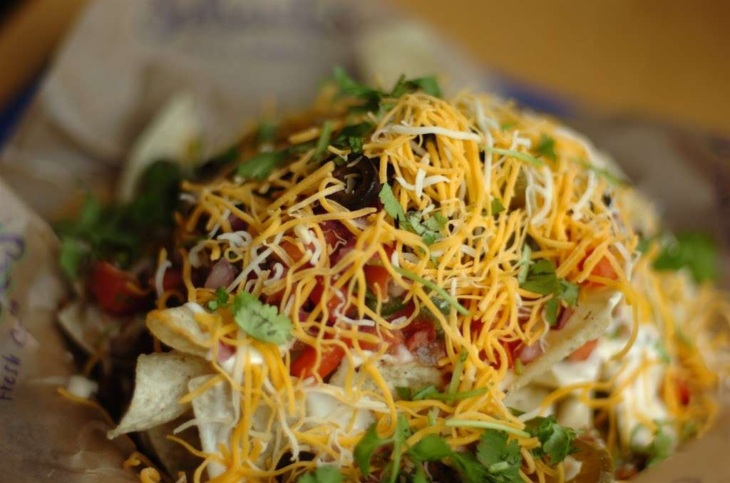 Salsaritas Fresh Mexican Grill - restaurant  | Photo 8 of 10 | Address: 120 Summit Park Dr #600, Salisbury, NC 28146, USA | Phone: (704) 870-3037