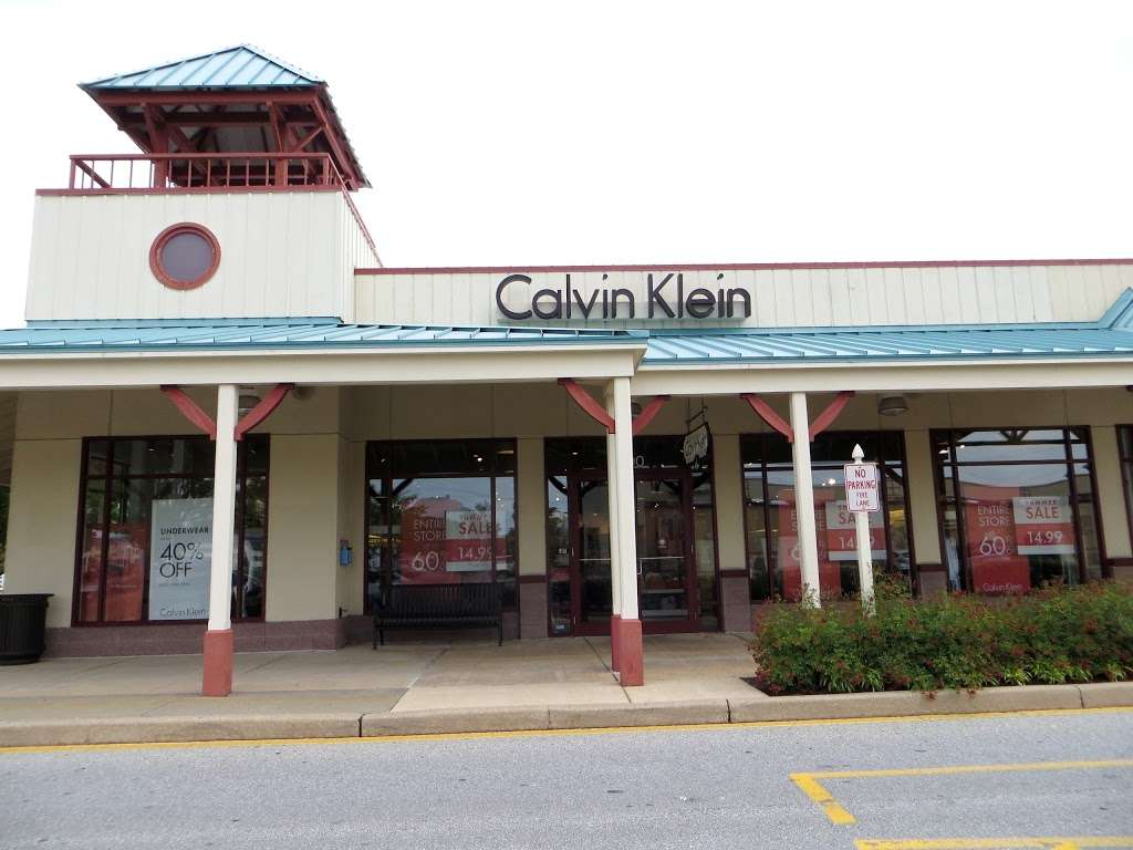 Calvin Klein - clothing store    Photo 1 of 3   Address: 36454 Seaside Outlet Dr Suite #1700, Rehoboth Beach, DE 19971, USA   Phone: (302) 226-8482