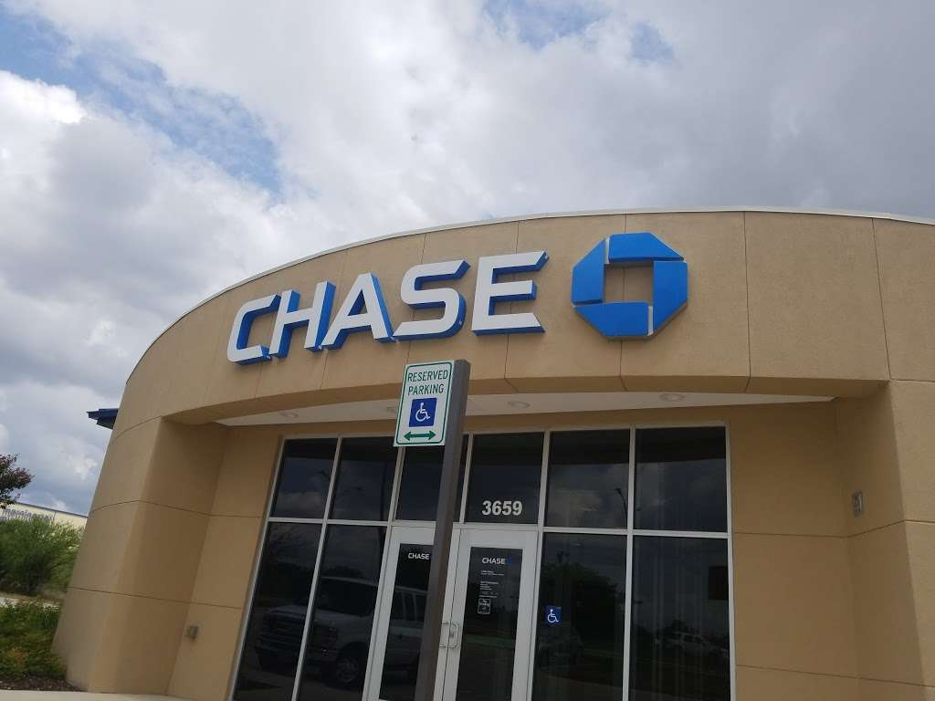 Chase Bank - bank  | Photo 1 of 4 | Address: 3659 E Evans Rd, San Antonio, TX 78259, USA | Phone: (210) 402-3814