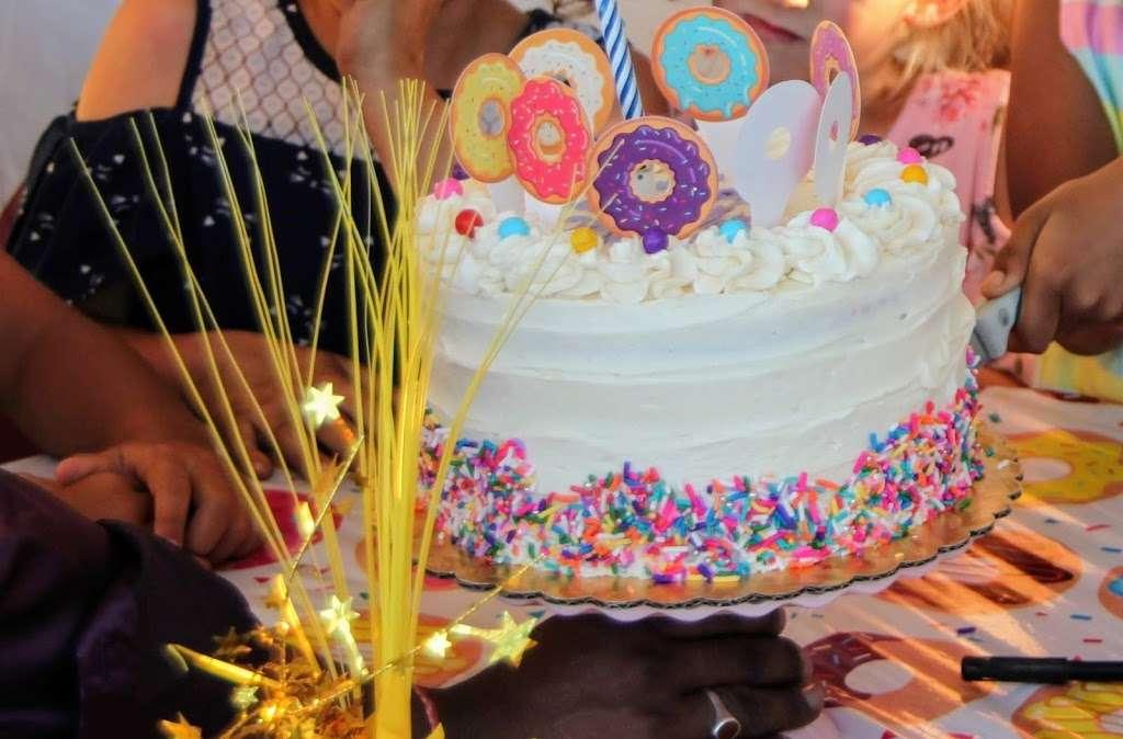 Bake Sale Patti - bakery  | Photo 6 of 10 | Address: 14791 Pomerado Rd, Poway, CA 92064, USA | Phone: (858) 746-5000