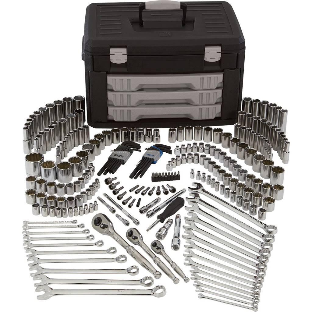 Northern Tool + Equipment - hardware store  | Photo 3 of 7 | Address: 2516 Sardis Rd N, Charlotte, NC 28227, USA | Phone: (704) 847-1033