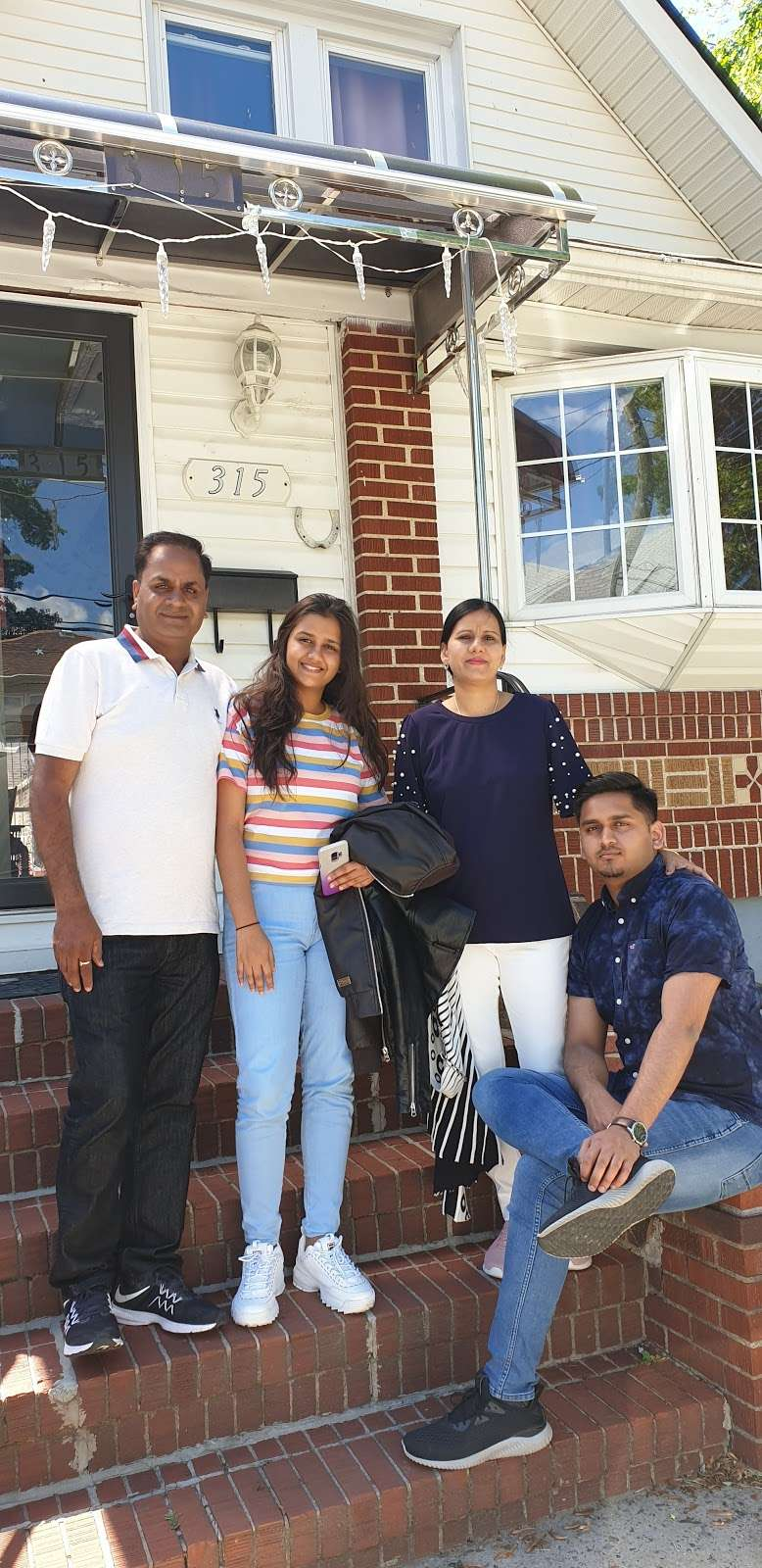 Gotham Avenue School -   | Photo 5 of 6 | Address: 181 Gotham Ave, Elmont, NY 11003, USA | Phone: (516) 326-5540