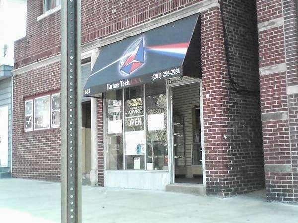 Lunar Tech USA - electronics store  | Photo 1 of 1 | Address: 682 John Fitzgerald Kennedy Blvd, Bayonne, NJ 07002, USA | Phone: (201) 255-2931