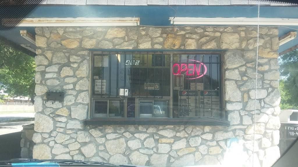 The Burger - restaurant  | Photo 4 of 10 | Address: 405 E 46th St N, Tulsa, OK 74126, USA | Phone: (918) 428-2008