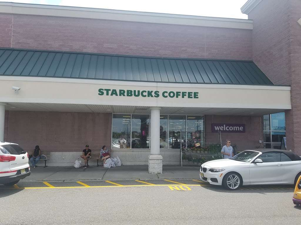 Starbucks - cafe  | Photo 2 of 10 | Address: 1 Lefante Way, Bayonne, NJ 07002, USA | Phone: (201) 823-9292