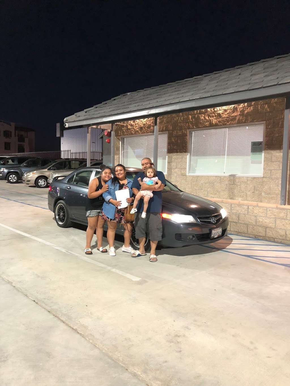 Logix Auto Group - car dealer  | Photo 9 of 10 | Address: 18017 Valley Blvd, Bloomington, CA 92316, USA | Phone: (909) 440-5454