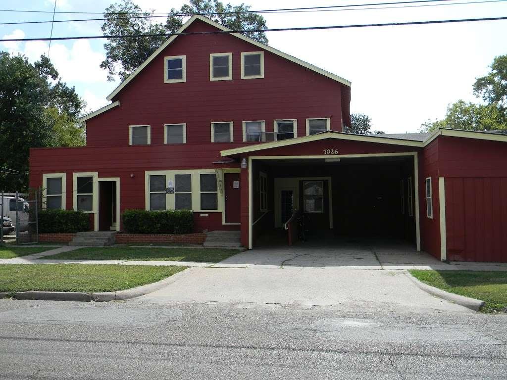 Sherman Rooming House - lodging  | Photo 1 of 10 | Address: 7026 Sherman St, Houston, TX 77011, USA | Phone: (713) 926-9551