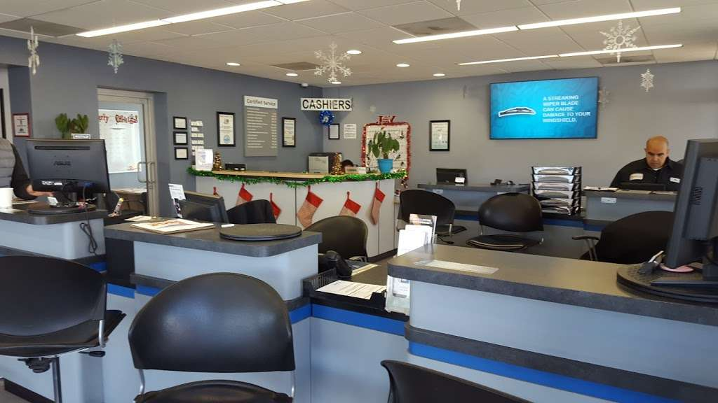 Rydell Chevrolet - car repair    Photo 9 of 10   Address: 1309, 18600 Devonshire St, Northridge, CA 91324, USA   Phone: (866) 802-5628