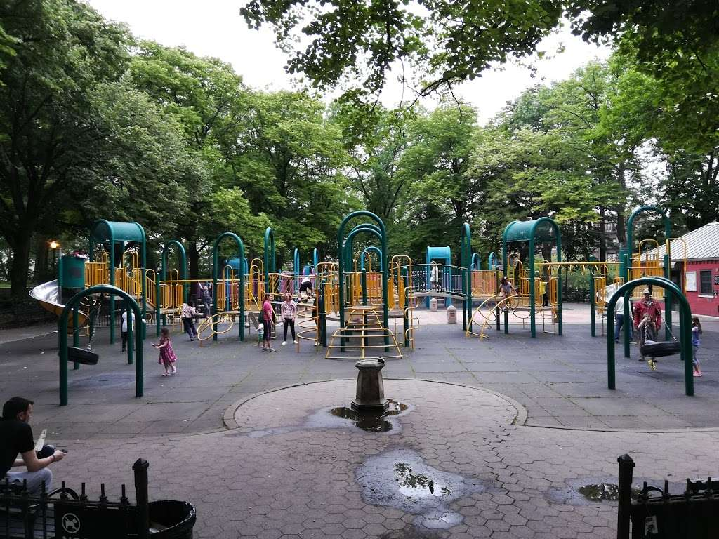 Mount Prospect Park - park  | Photo 6 of 10 | Address: Eastern Pkwy, Brooklyn, NY 11238, USA | Phone: (212) 639-9675