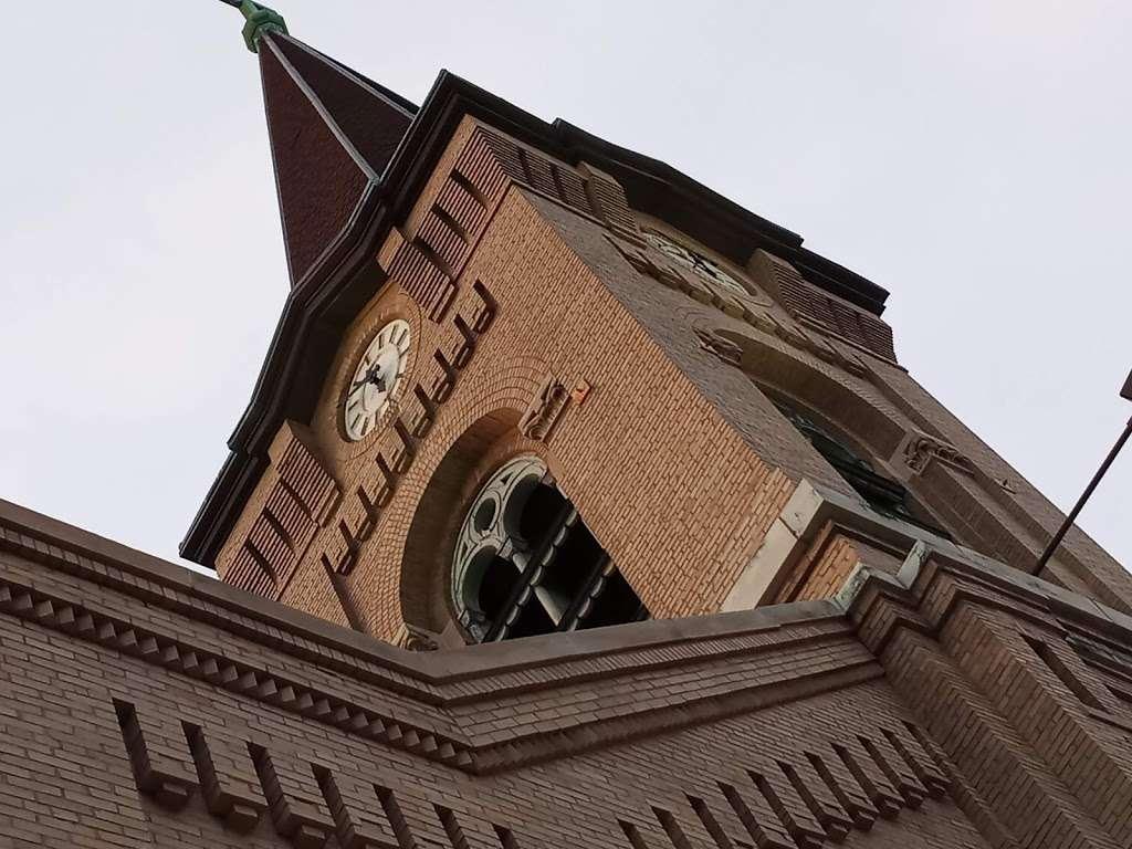 St Augustine Church - church  | Photo 9 of 10 | Address: 2530 S Howell Ave, Milwaukee, WI 53207, USA | Phone: (414) 744-0808