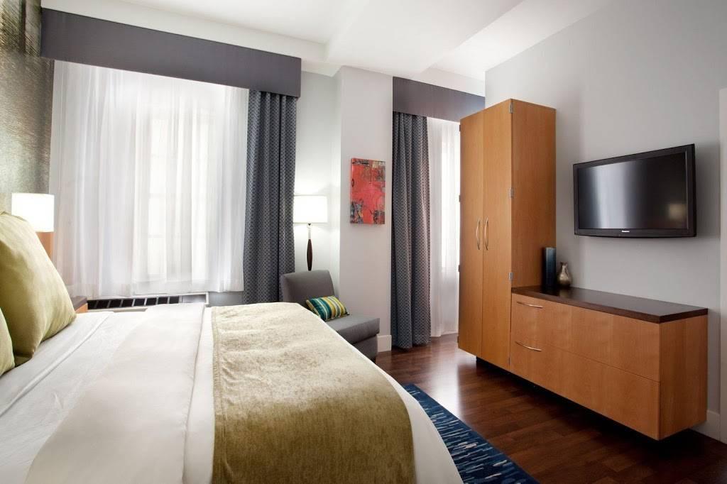 Hotel Indigo Baton Rouge Downtown - lodging  | Photo 6 of 10 | Address: 200 Convention St, Baton Rouge, LA 70801, USA | Phone: (225) 343-1515