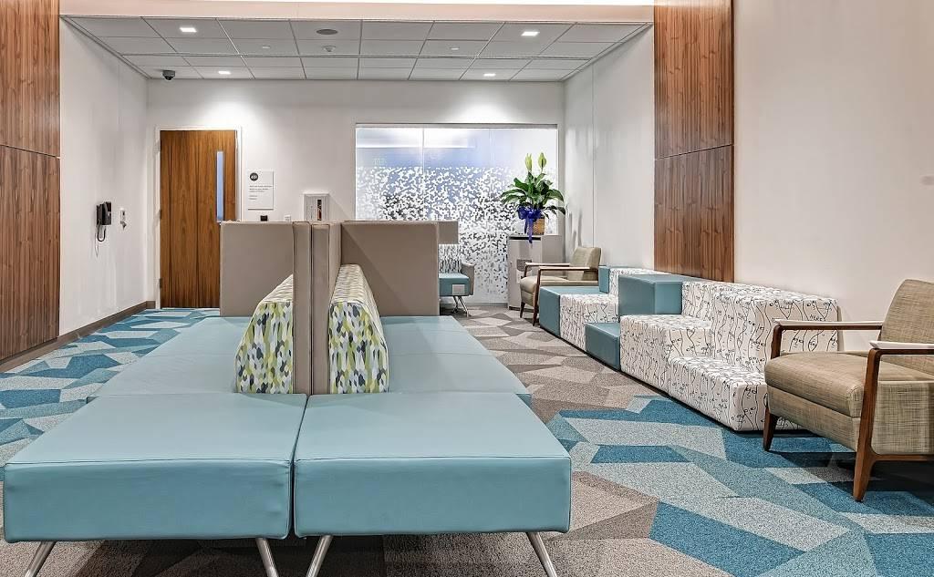 Kaiser Permanente Alexandria Medical Center - hospital  | Photo 2 of 10 | Address: 3000 Potomac Ave, Alexandria, VA 22301, USA | Phone: (703) 721-6300