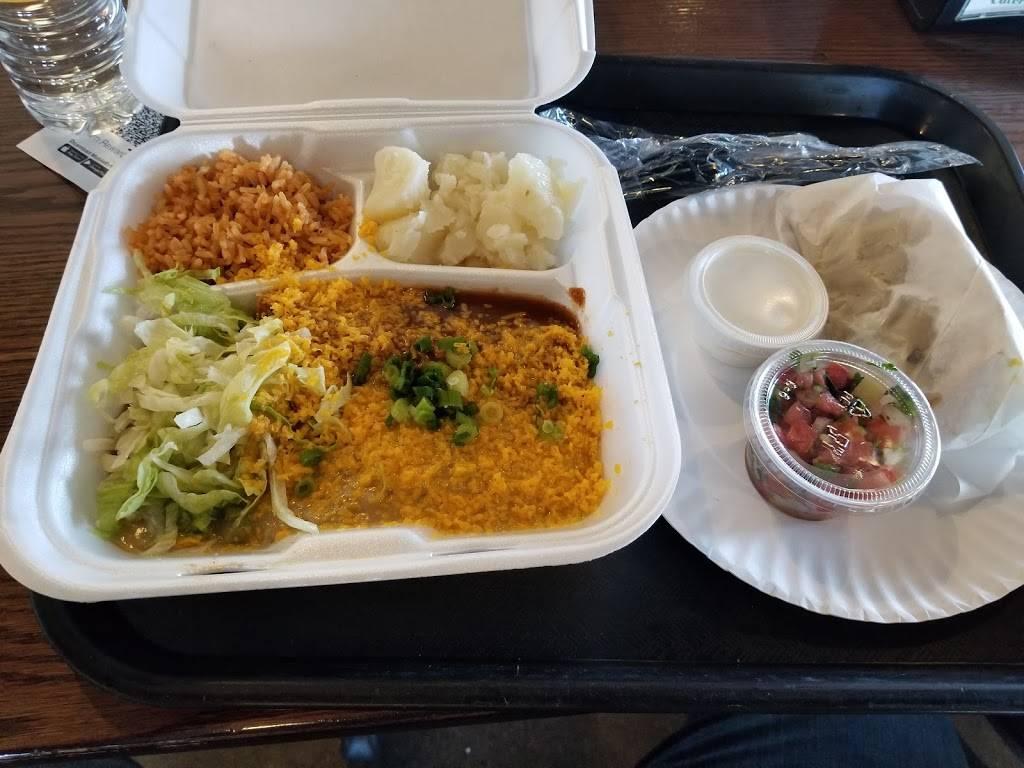 Carolinas Mexican Food - Mesa - restaurant  | Photo 2 of 10 | Address: 1450 S Country Club Dr, Mesa, AZ 85210, USA | Phone: (480) 912-3420