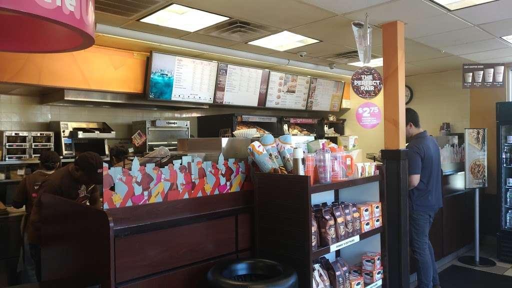 Dunkin Donuts - cafe  | Photo 3 of 10 | Address: 402 Grand St #436, Jersey City, NJ 07302, USA | Phone: (201) 309-0777