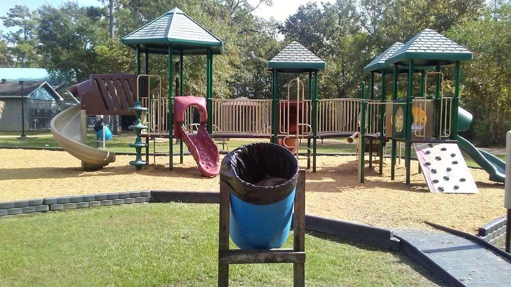 Jim and JoAnn Fonteno Family Park - park  | Photo 9 of 10 | Address: 14350 1/2 Wallisville Rd, Houston, TX 77049, USA