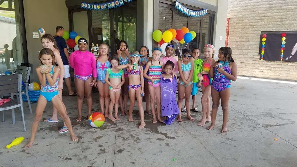The CLUB at Five Knolls - gym    Photo 5 of 7   Address: 20551 Bentwood Ln, Santa Clarita, CA 91350, USA   Phone: (800) 369-7260