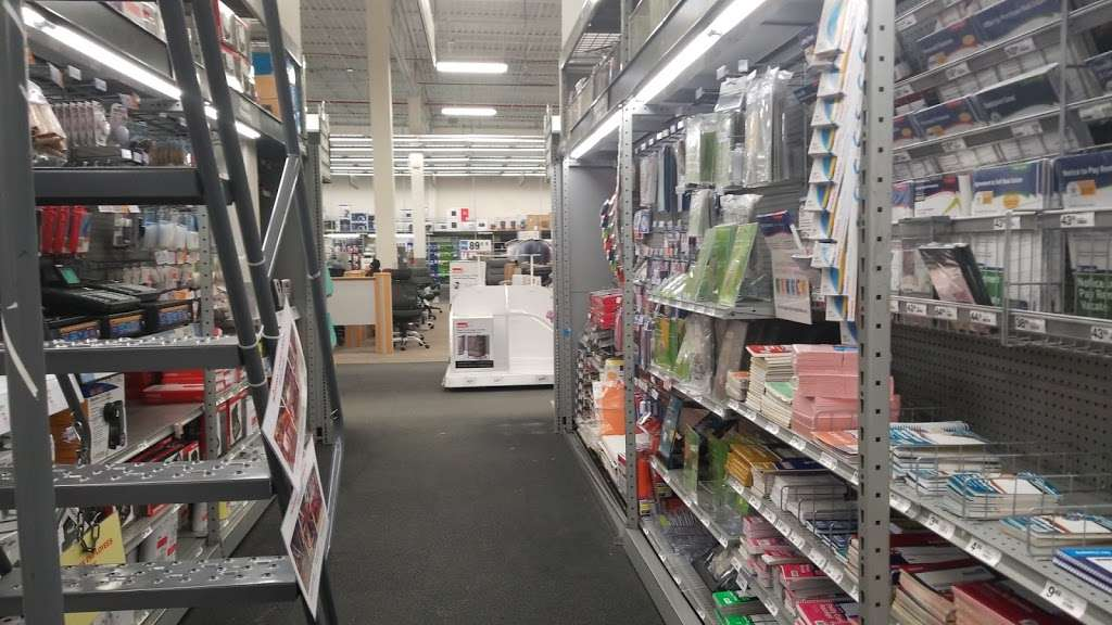 Staples - furniture store  | Photo 1 of 10 | Address: 409 Gateway Dr, Brooklyn, NY 11239, USA | Phone: (718) 348-9477