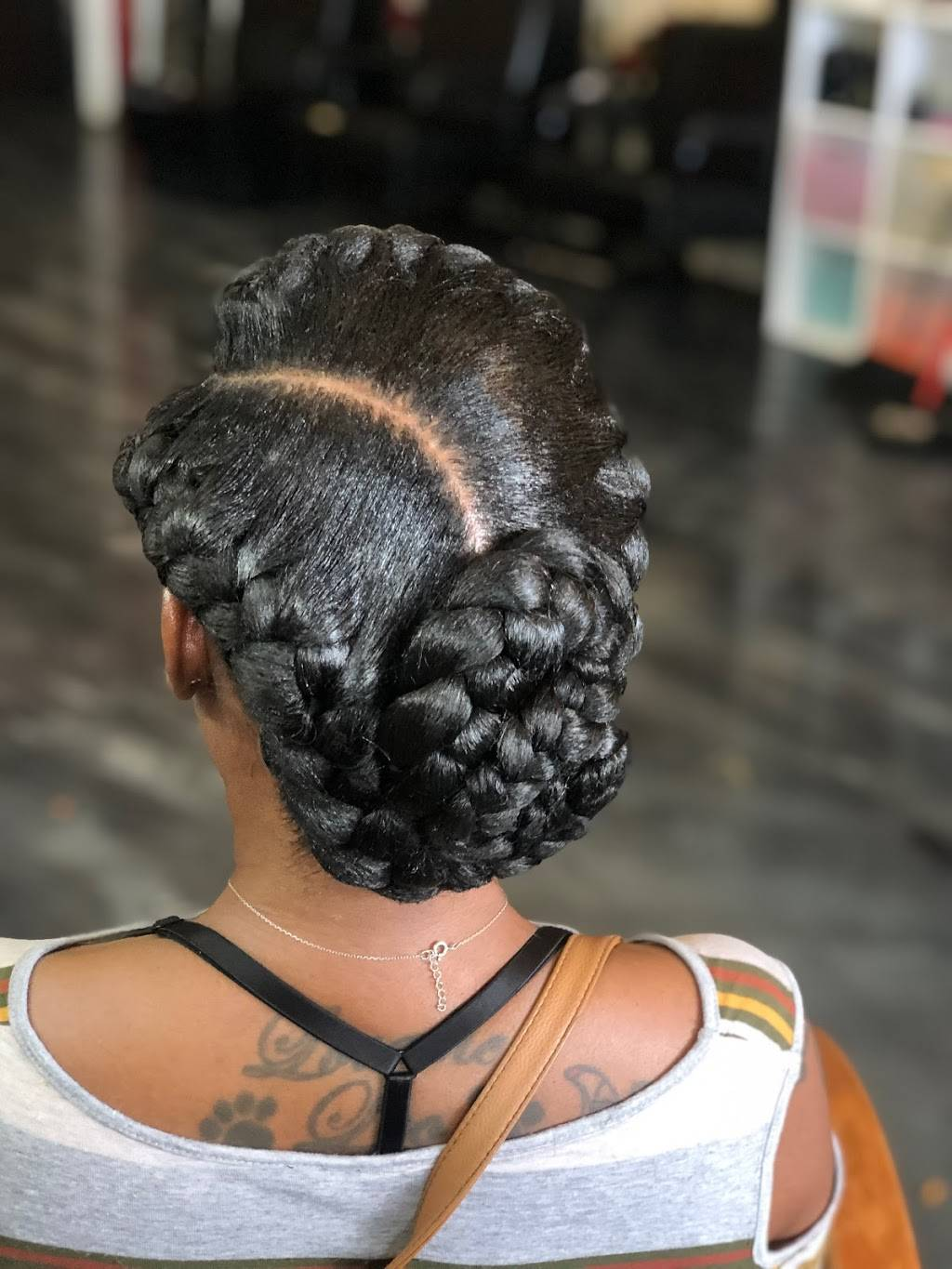 Queen Creative Solutions - hair care  | Photo 1 of 9 | Address: 3600 18th Ave S, St. Petersburg, FL 33711, USA | Phone: (727) 265-0013