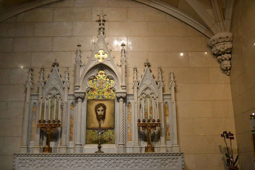 Saint John Baptist De La Salle Roman Catholic Church - church    Photo 2 of 4   Address: Staten Island, NY 10304, USA