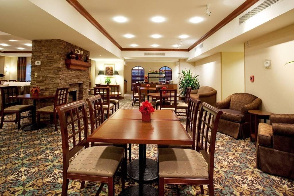 Staybridge Suites Baton Rouge-Univ at Southgate - lodging  | Photo 5 of 10 | Address: 4001 Nicholson Dr, Baton Rouge, LA 70808, USA | Phone: (225) 456-5430