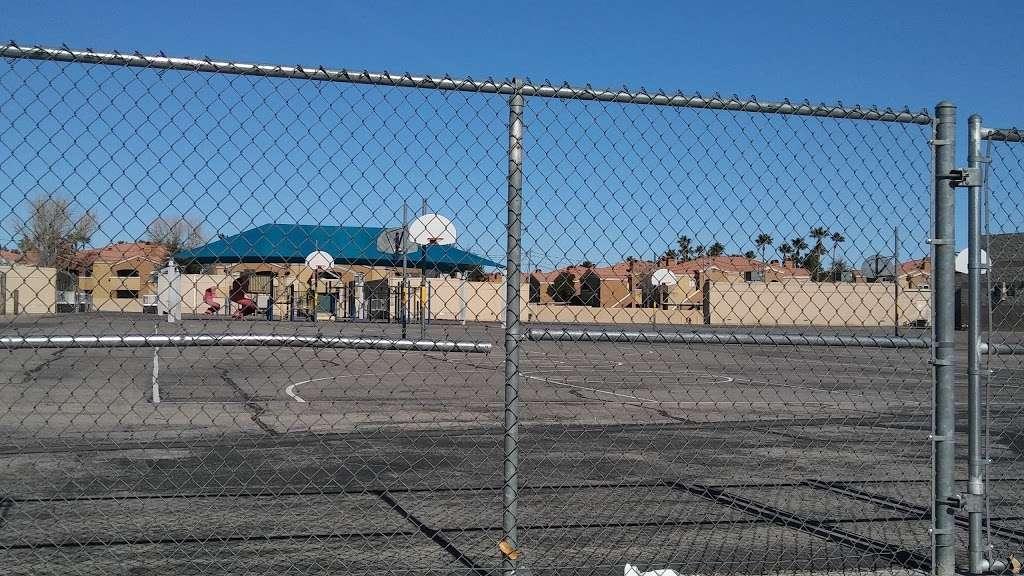 Hal Smith Elementary School - school  | Photo 3 of 4 | Address: 5150 E Desert Inn Rd, Las Vegas, NV 89122, USA | Phone: (702) 799-3700