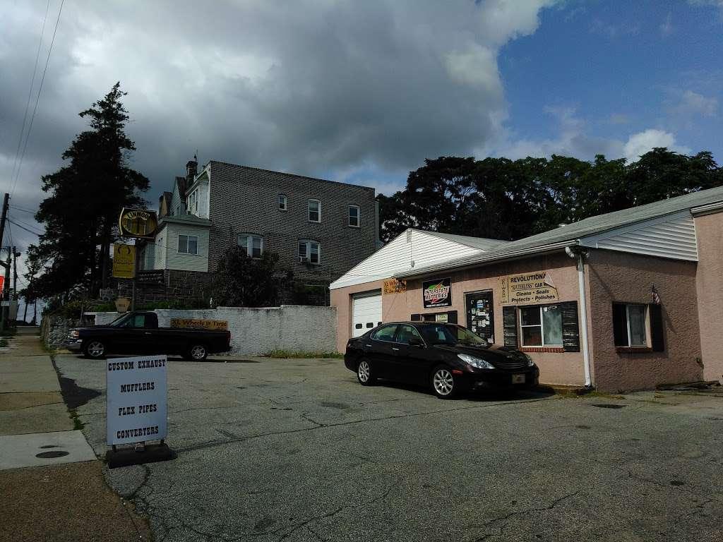 Linwood Motor Services - car repair    Photo 3 of 3   Address: 1415 Market St, Linwood, PA 19061, USA   Phone: (610) 485-1187