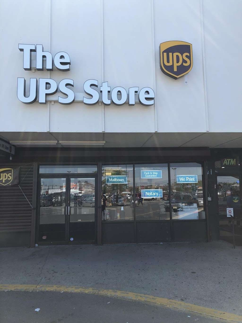 UPS STORE - shopping mall  | Photo 1 of 1 | Address: 321 NJ-440, Jersey City, NJ 07305, USA | Phone: (521) 225-3393