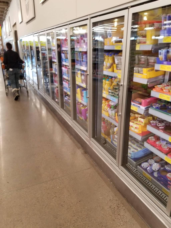 ALDI - supermarket  | Photo 6 of 9 | Address: 10216 Lexington Ave NE, Circle Pines, MN 55014, USA | Phone: (855) 955-2534