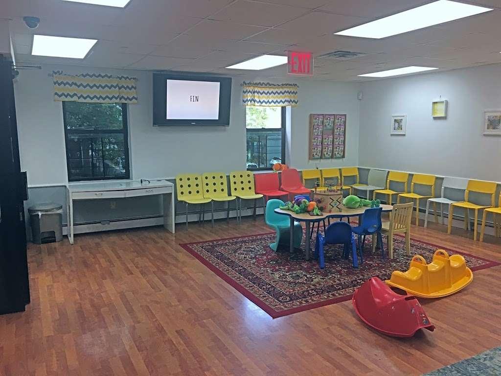 Kids Dental Village Empowered by hellosmile - dentist  | Photo 9 of 10 | Address: 3905 61st St, Woodside, NY 11377, USA | Phone: (718) 577-5069