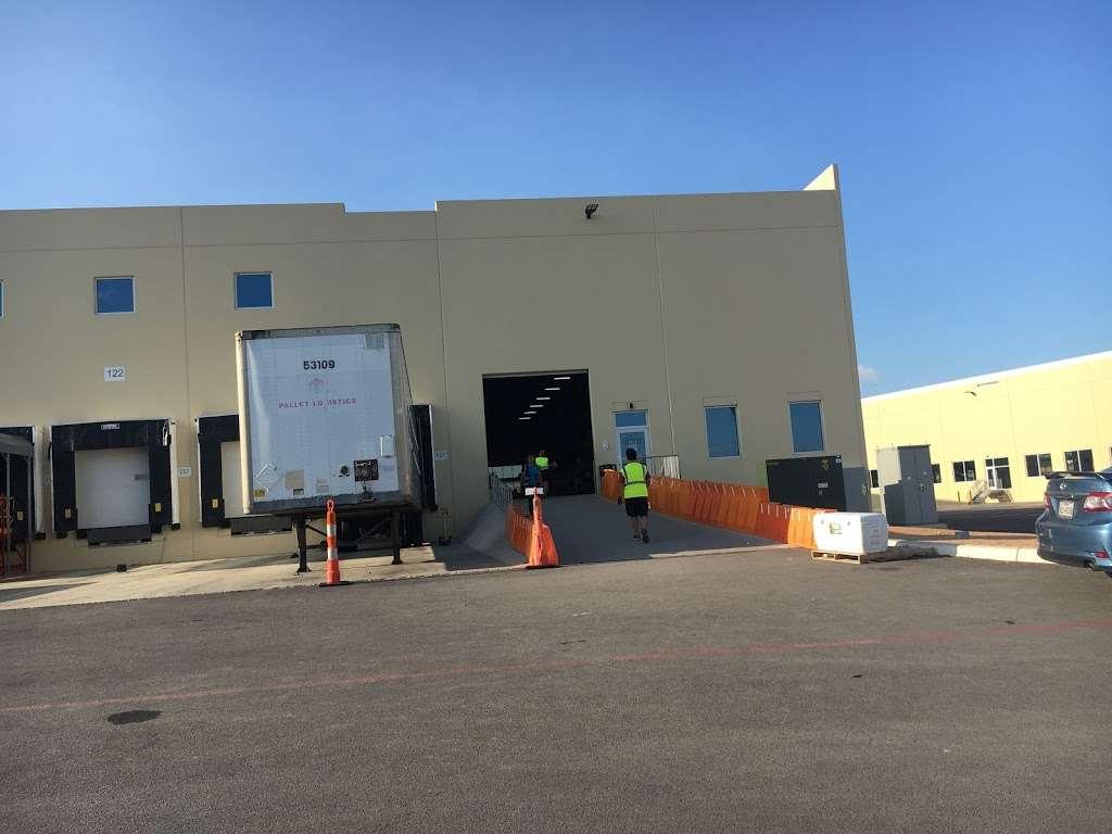 Amazon DSX1 - storage    Photo 8 of 9   Address: 6422 E Campus Dr Bldg 2, San Antonio, TX 78247, USA
