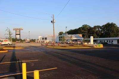 U-Haul Moving & Storage at Fulton Industrial Gateway and I-20 - moving company    Photo 1 of 2   Address: 4225 Fulton Industrial Blvd SW, Atlanta, GA 30336, USA   Phone: (678) 666-2471
