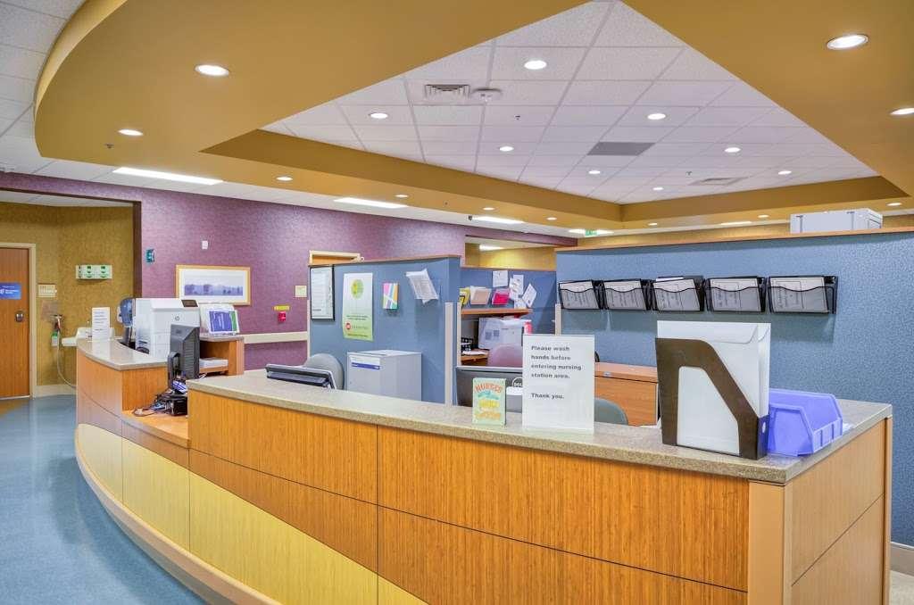 Encompass Health Rehabilitation Hospital of Northern Virginia - hospital  | Photo 7 of 10 | Address: 24430 Millstream Dr, Aldie, VA 20105, USA | Phone: (703) 957-2000