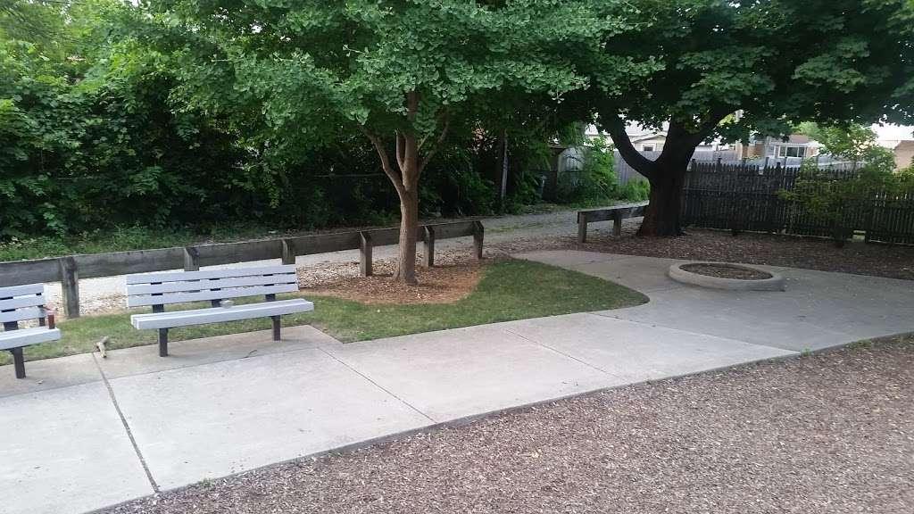 Shawnee Park - park  | Photo 9 of 10 | Address: Skokie, IL 60076, USA