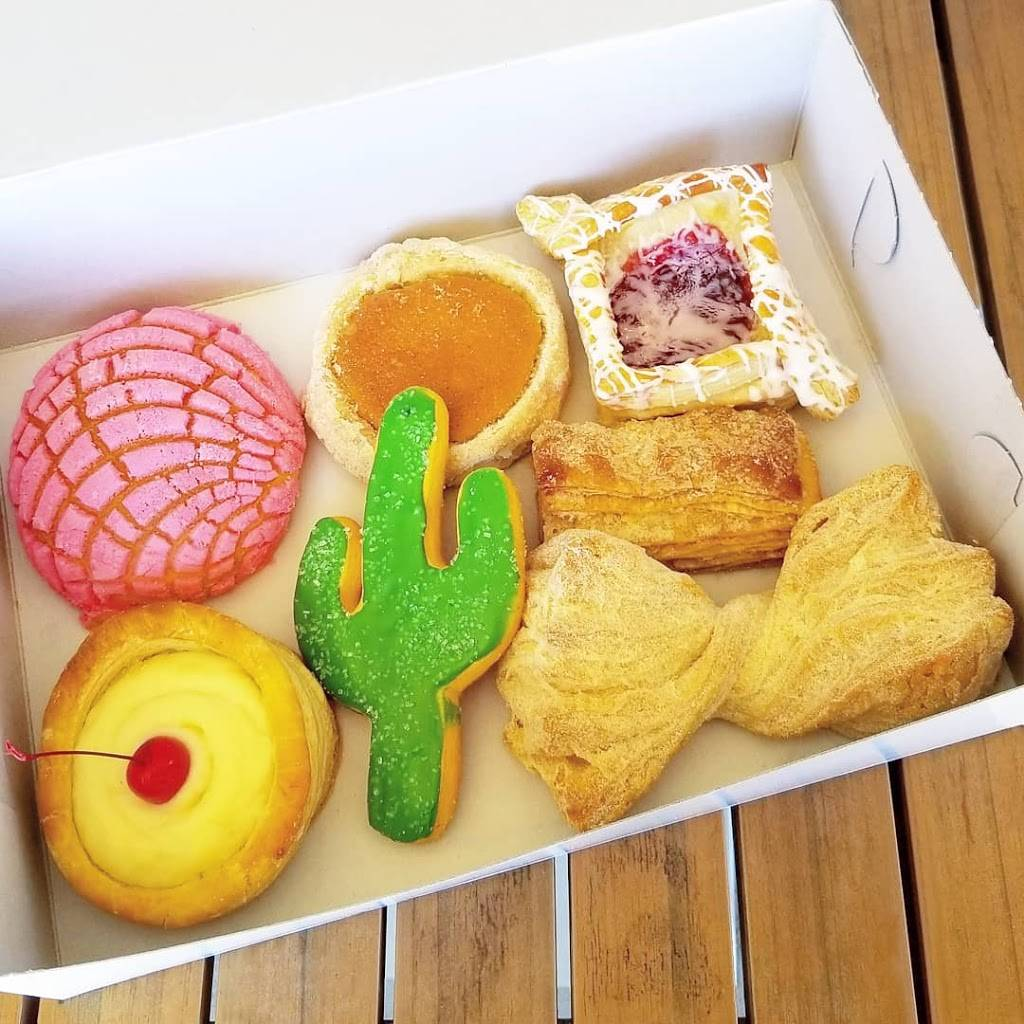 La Purisima Bakery 2 - bakery  | Photo 1 of 5 | Address: 2318 E Indian School Rd, Phoenix, AZ 85016, USA | Phone: (602) 957-2771