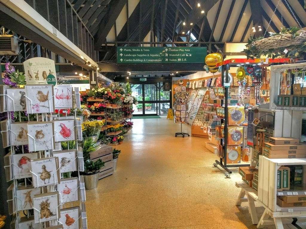 Woodcote Green - florist  | Photo 1 of 10 | Address: Woodcote Green Garden Centre & Nurseries, 4a Woodmansterne Ln, Wallington SM6 0SU, UK | Phone: 020 8647 6838