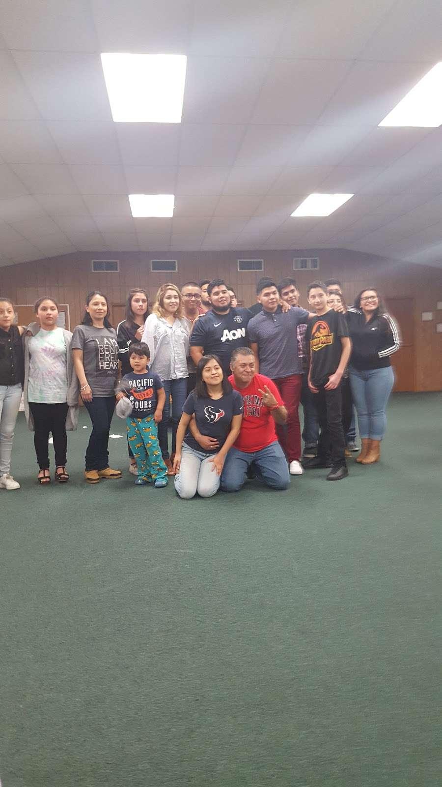 Suburban Wood Baptist Church - church  | Photo 9 of 9 | Address: 6511 Eddie Dr, Humble, TX 77396, USA | Phone: (281) 441-3959