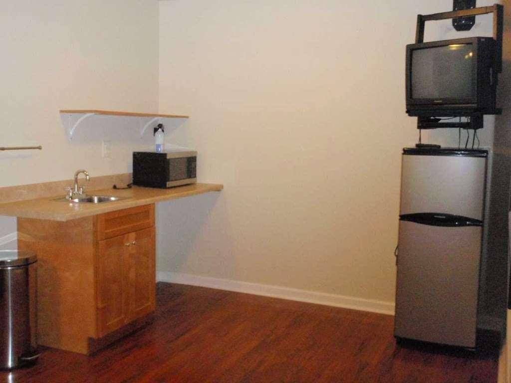 EconoStay Inn - lodging  | Photo 6 of 10 | Address: 209 Kestrel Dr, Mt Pocono, PA 18344, USA | Phone: (570) 243-4600