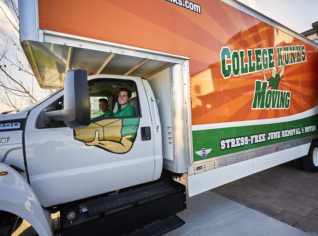 College Hunks Hauling Junk and Moving - moving company  | Photo 2 of 10 | Address: 11801 W Fairview Ave, Wauwatosa, WI 53226, USA | Phone: (414) 436-2909