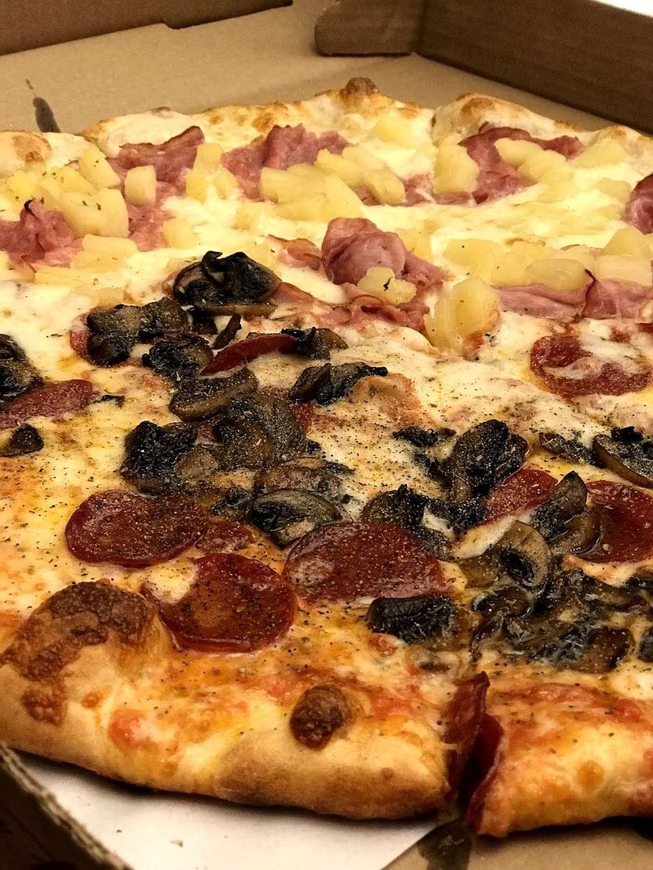 Goodfellas Pizzeria NJ - restaurant  | Photo 9 of 10 | Address: 255 Hackensack St, Wood-Ridge, NJ 07075, USA | Phone: (201) 933-0833