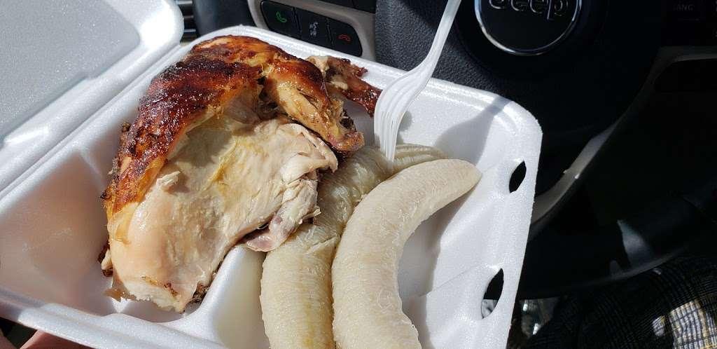 Piocos Chicken - restaurant  | Photo 4 of 10 | Address: 2062 E Osceola Pkwy, Buena Ventura Lakes, FL 34743, USA | Phone: (407) 348-8521