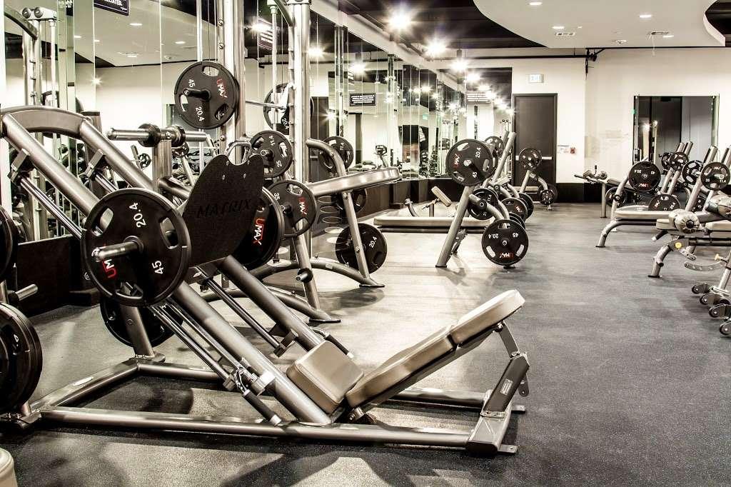 USA Fitness - Sylmar Super Center - gym  | Photo 2 of 10 | Address: 91324, 13640 Foothill Boulevard, Sylmar, CA 91342, USA | Phone: (818) 367-4653