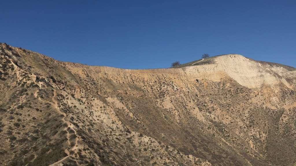 Whiteface Mountain Trailhead - park    Photo 9 of 10   Address: 619016002, Simi Valley, CA 93065, USA