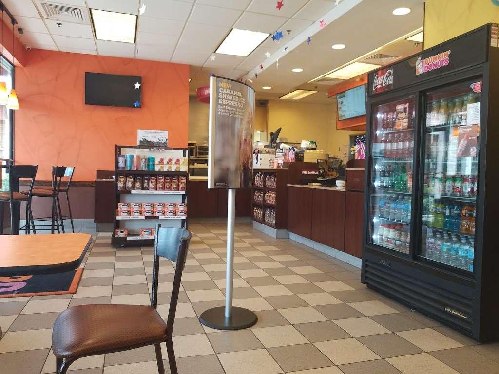 Dunkin Donuts - cafe  | Photo 2 of 10 | Address: 878 N Military Trl, West Palm Beach, FL 33415, USA | Phone: (561) 682-1951
