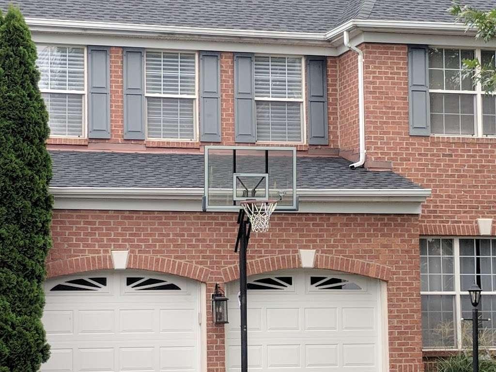 Ridgeline Roofers - roofing contractor    Photo 8 of 10   Address: 21535 Wild Timber Ct, Ashburn, VA 20148, USA   Phone: (703) 454-8334