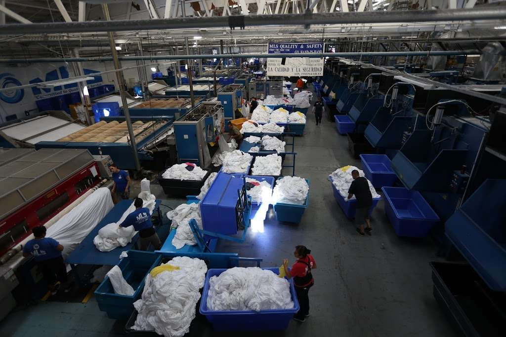 Magic Laundry Services - laundry  | Photo 4 of 10 | Address: 412 W Roosevelt Ave, Montebello, CA 90640, USA | Phone: (323) 726-4061