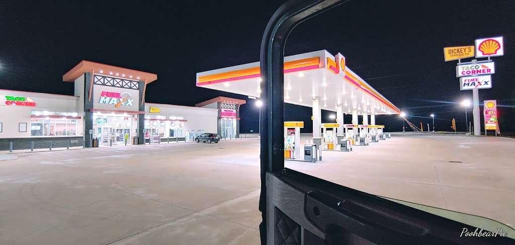 FUEL MAXX 46 - gas station    Photo 1 of 5   Address: 13835 TX-105, Cleveland, TX 77327, USA   Phone: (281) 806-7721