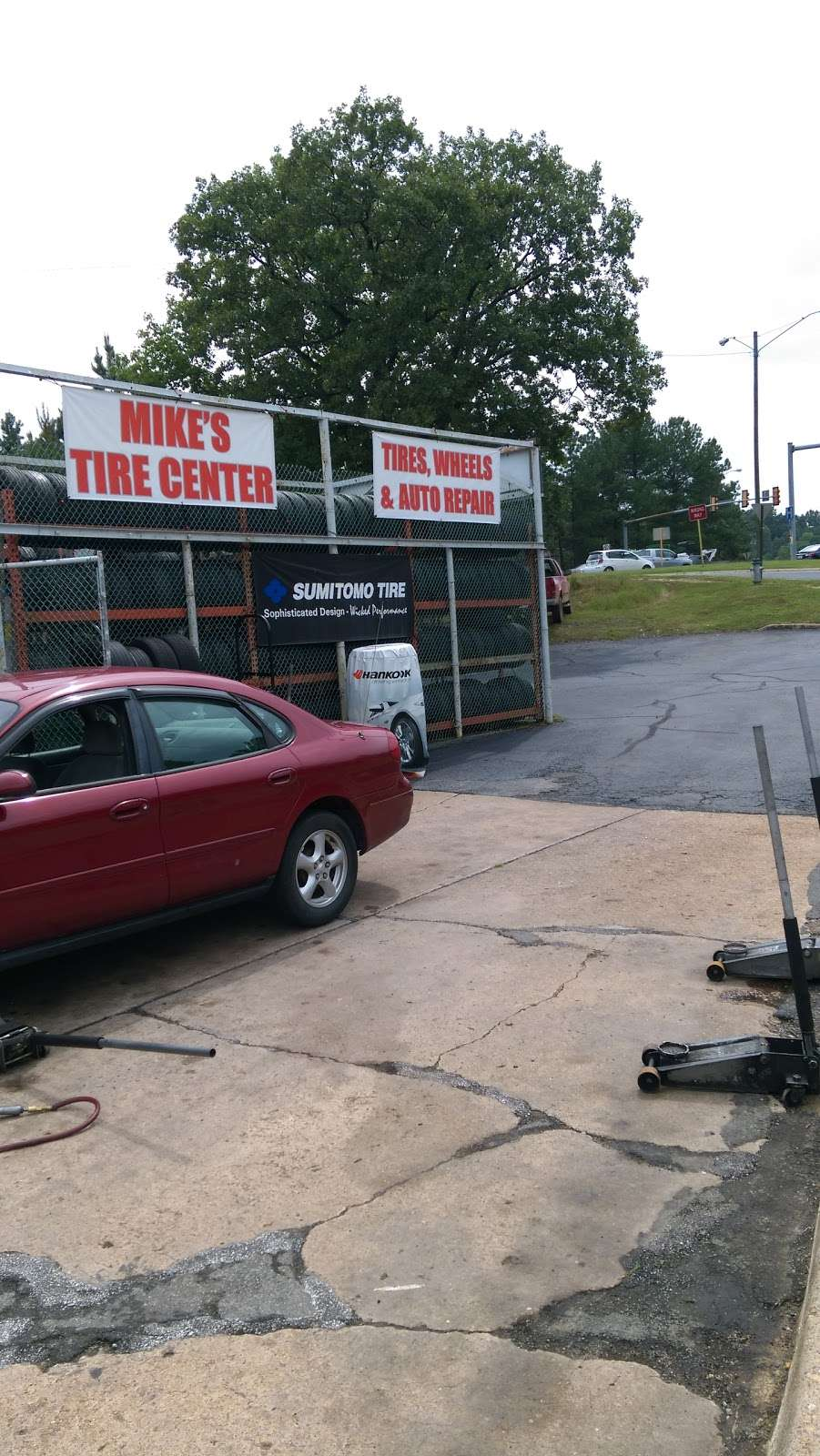 Mikes Tire Center - car repair  | Photo 3 of 10 | Address: 1217 1/2 Lafayette Blvd, Fredericksburg, VA 22401, USA | Phone: (540) 373-0779