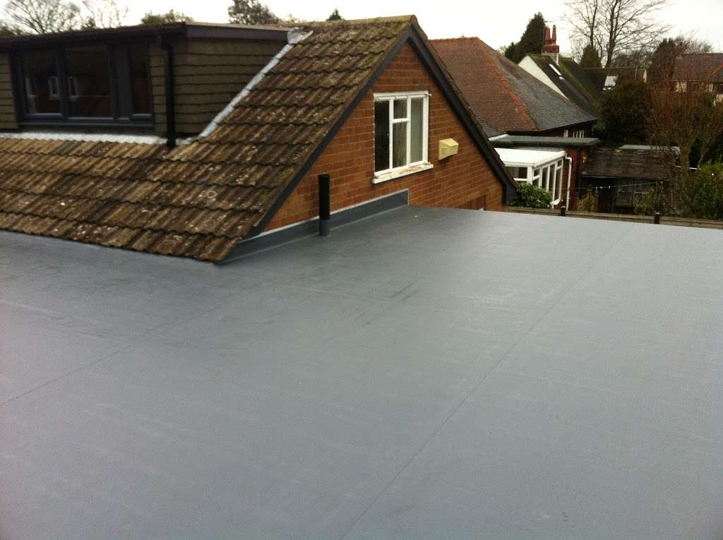 DF Roofing - roofing contractor    Photo 6 of 10   Address: Unit 9 Gary Owen Farm, Horndon on the Hill, Stanford-le-Hope SS17 8QB, UK   Phone: 01268 906242
