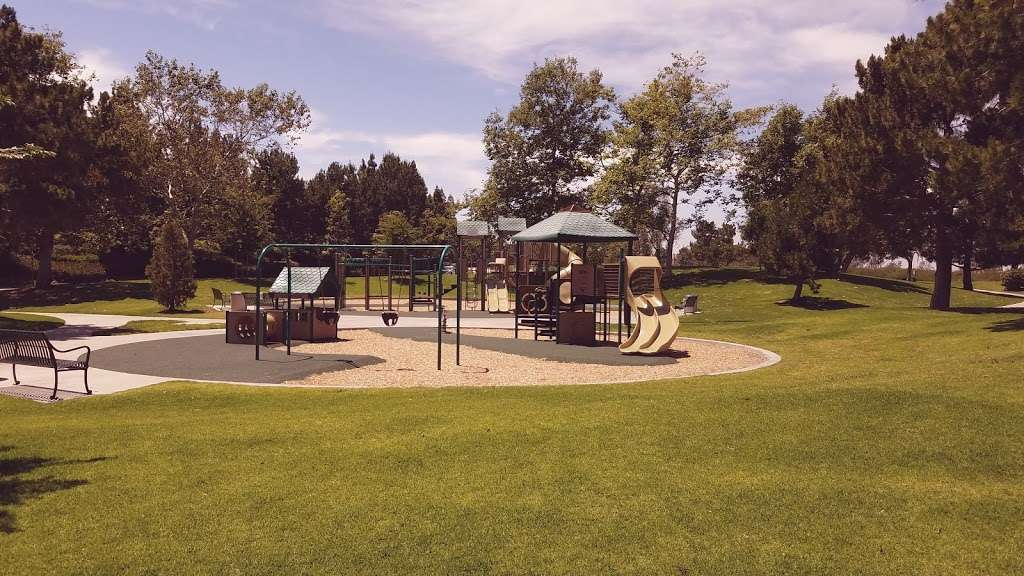 Newport Ridge Community Park - park  | Photo 2 of 10 | Address: 6331 Newport Ridge Dr E, Newport Coast, CA 92657, USA