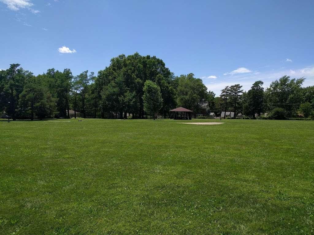 Tower Park - park  | Photo 3 of 10 | Address: 7500 Holmes Rd, Kansas City, MO 64131, USA | Phone: (816) 513-7500
